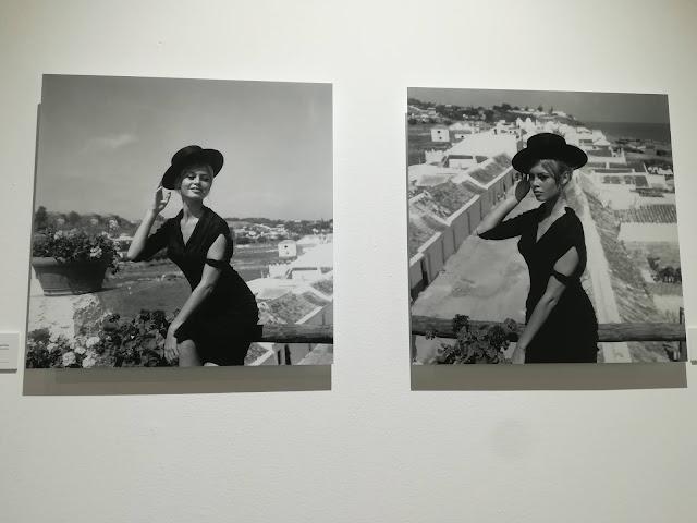 Brigitte Bardot con sombrero cordobés, en La Carihuela de Torremolinos