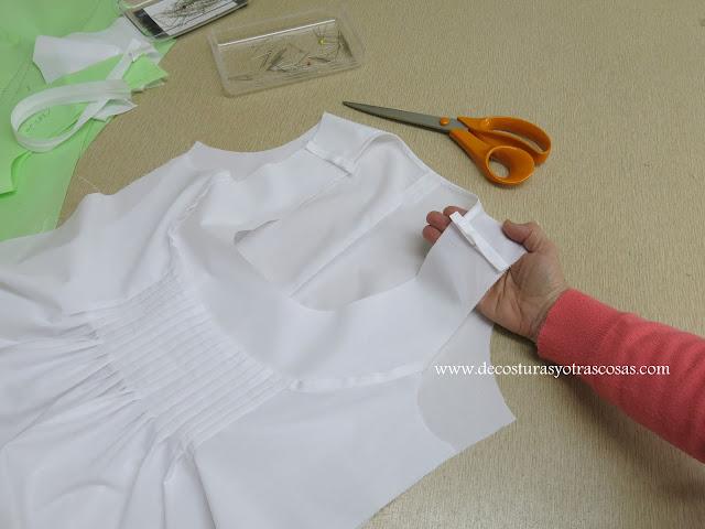 montaje de una blusa sin mangas