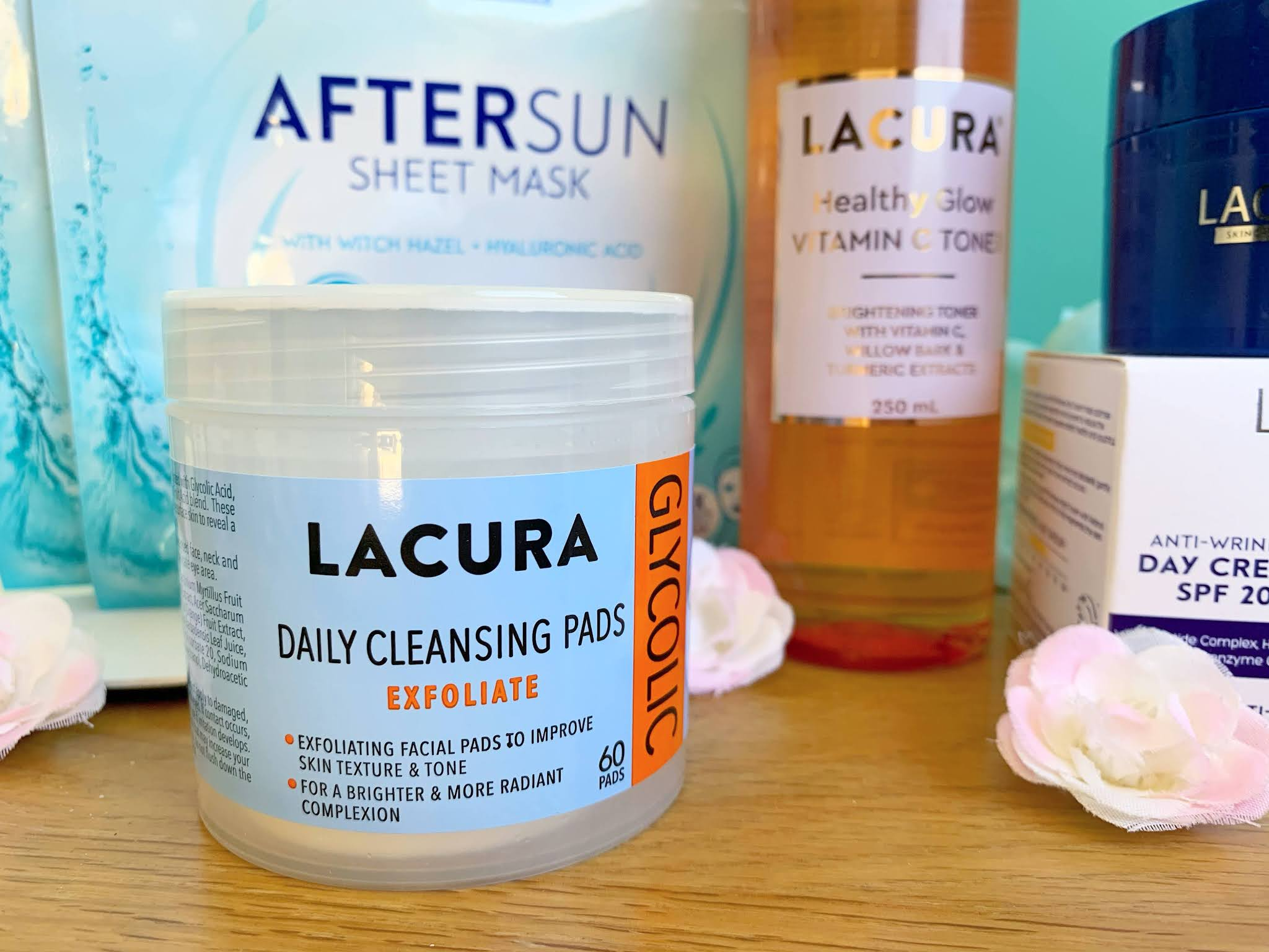 Lacura Glycolic Daily Cleansing Pads on a table