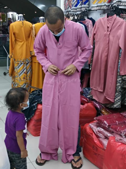 cuba baju di KWC Fashion Wholesale