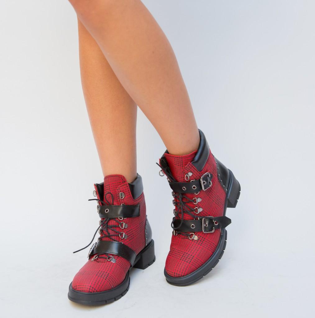 Ghete de femei rosii de iarna moderne inalte ieftine online
