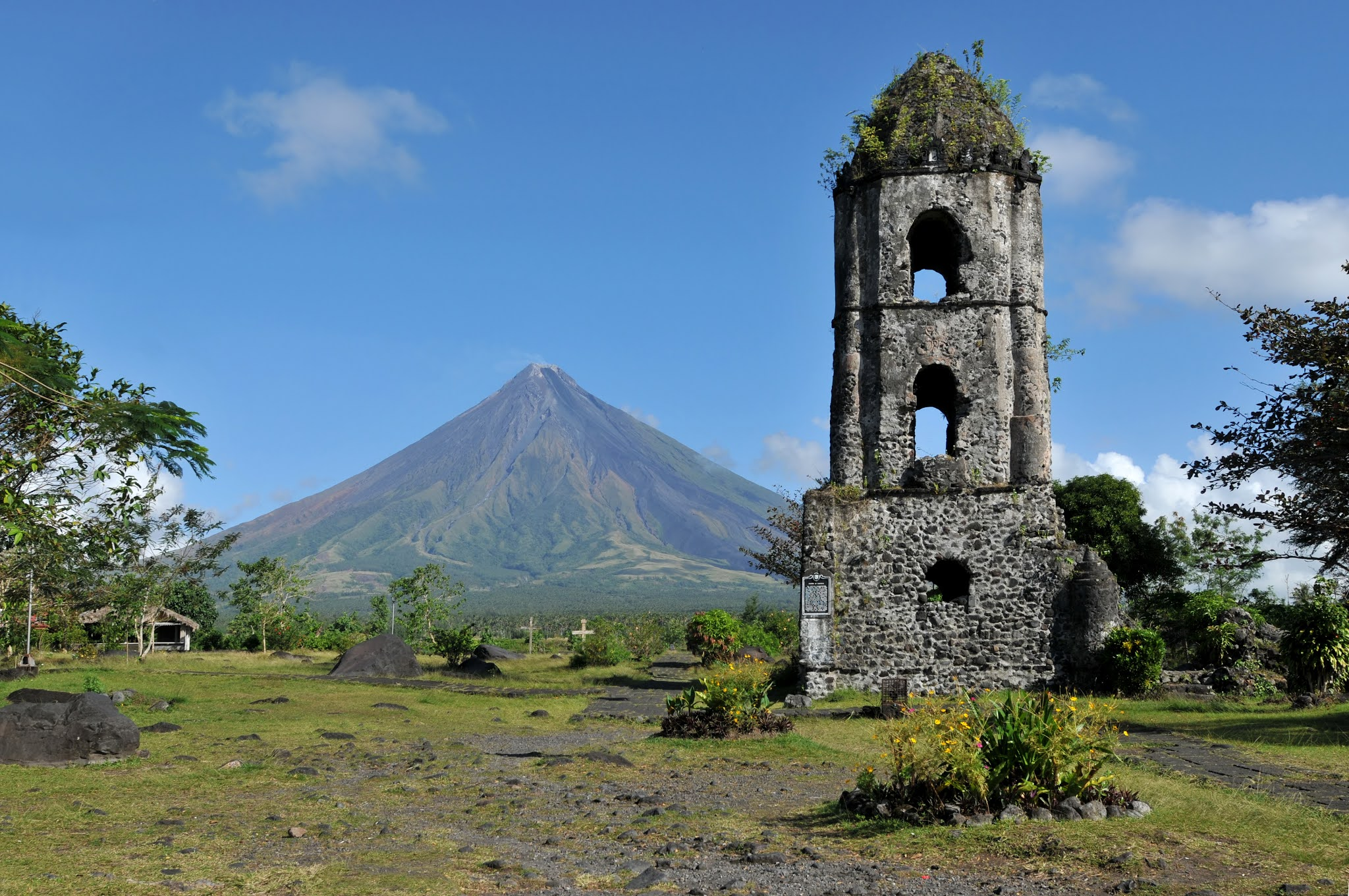A beautiful view of the Mayon Volcano in Bicol