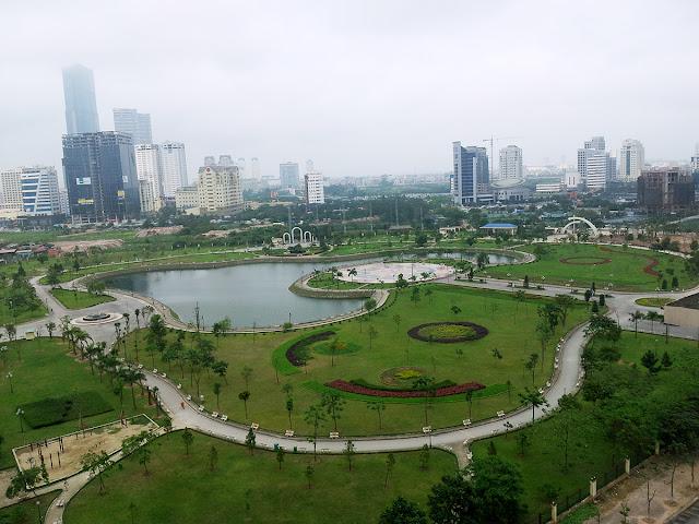 Công viên Dịch Vọng, Cầu Giấy