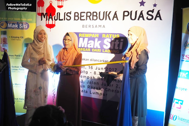Ribbon-Cutting Ceremony With Mak Siti & Puan Siti Khawa