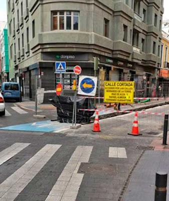 Calle Castillejo, Guanarteme, cerrada por obras