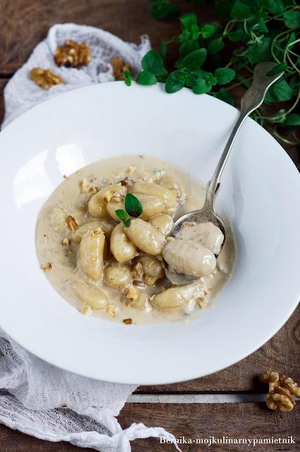 gnocchi, gorgonzola,orzechy,obiad, kulinarny pamietnik, pasta, wlochy, bernika