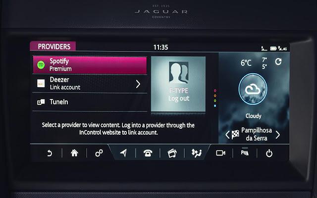 Jaguar F-Type có cả list các tiện nghi hiện đại đang đợi để được khám phá