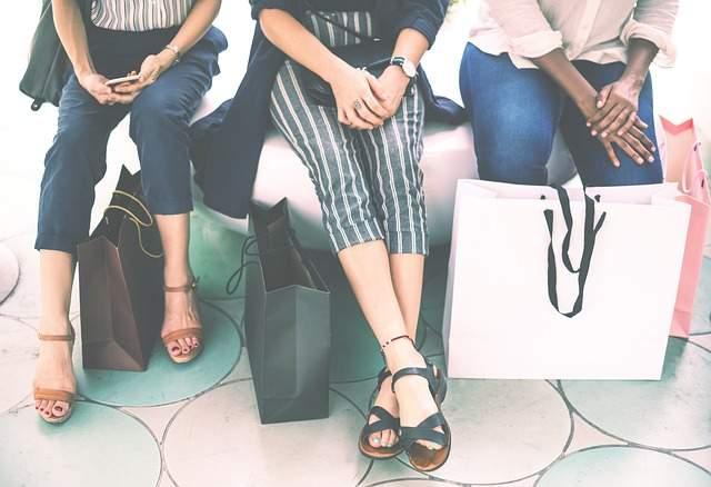 ग्राहकों की संतुष्टि के लाभ (Customer satisfaction benefits Hindi)