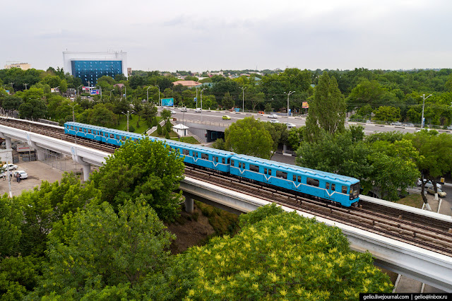 9. In the current Tashkent metro system, there are three metro bridges through city channels. In the photo there is a bridge between Novza and Milliy God stations.