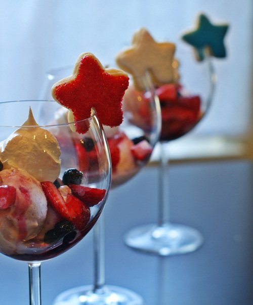 4th of July ice cream sundaes served in wine glasses