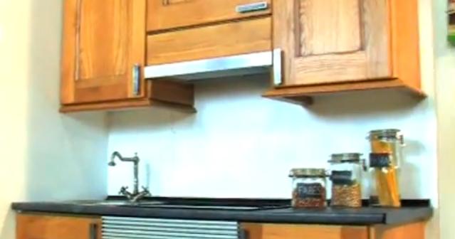 C mo montar una cocina instalaci n encimera postformado - Como montar muebles de cocina ...