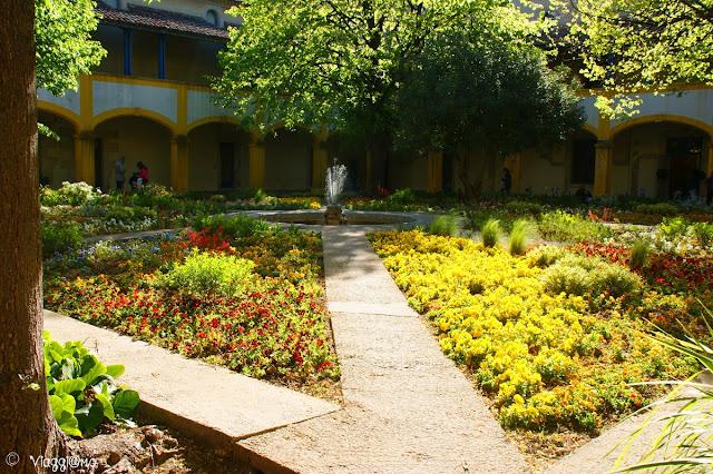 L'Espace Van Gogh sede dell'antico ospedale