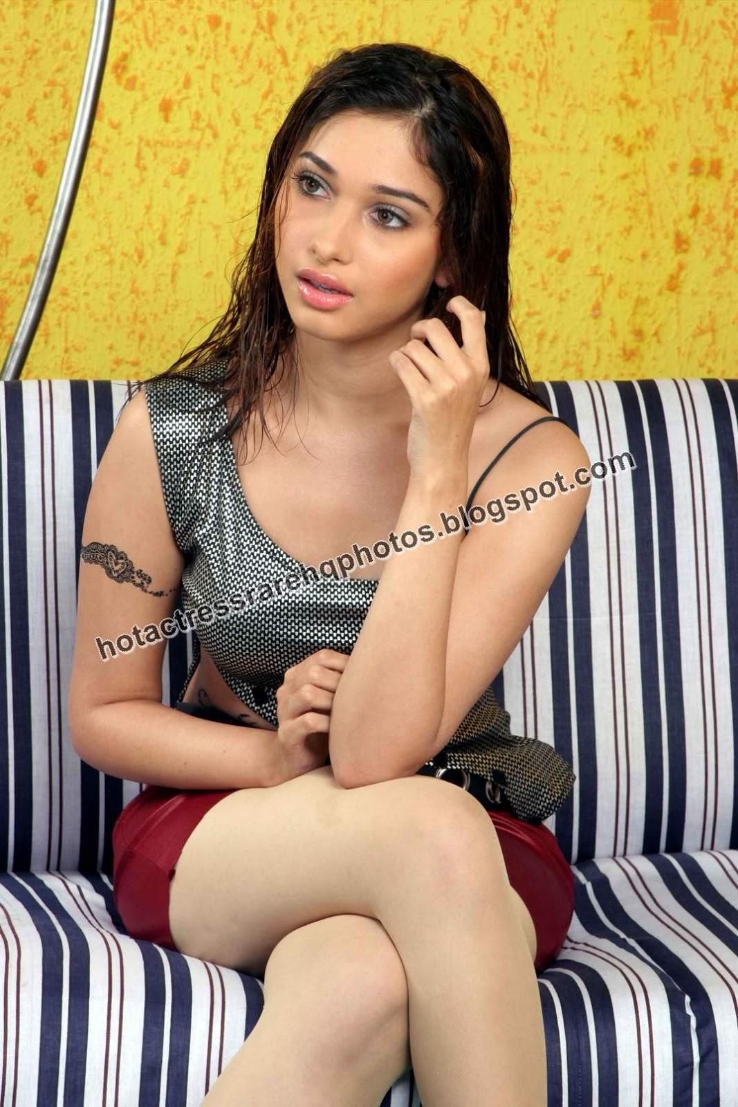 Hot Indian Actress Rare Hq Photos Telugu Actress Tamanna -9488