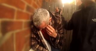 Κυνηγοί παιδοφιλων ξεμπροστιάζουν 51χρονο που πίστεψε πως θα πήγαινε με 15χρονη