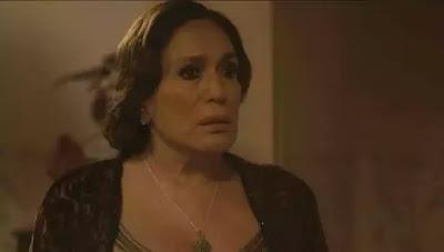 Emília (Susana Vieira) fica em choque com o comportamento de Justina (Julia Stockler) em 'Éramos Seis' — Foto: Globo