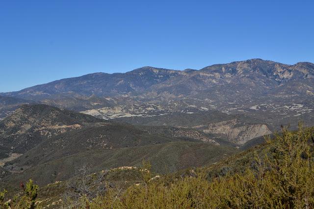 strips of grey rocks below Reyes Peak