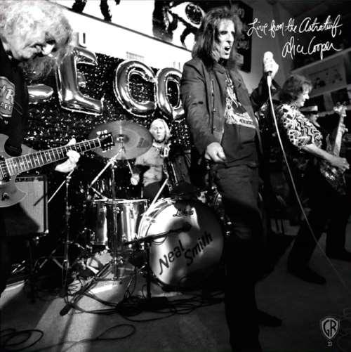 "ALICE COOPER: Νέο 7"" live single με την αρχική σύνθεση της μπάντας"