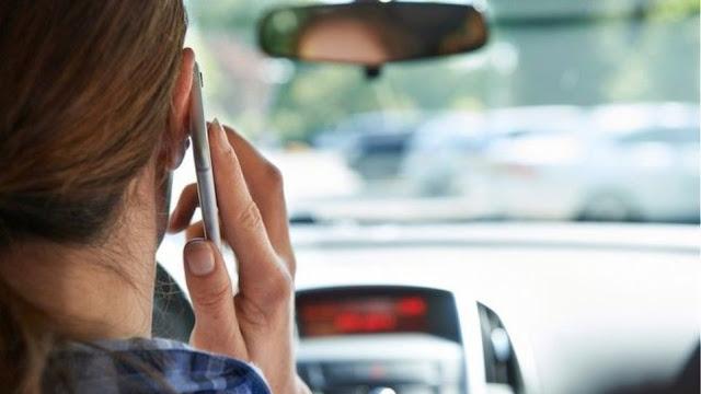 Θεσπρωτία: Οδηγούς, που μιλούσαν στο κινητό έγραψε η Τροχαία στη Θεσπρωτία