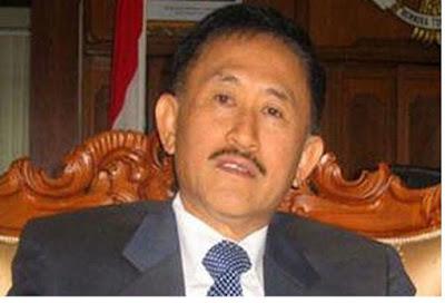 Mantan Kapolri Rusdihardjo ditahan di Rutan Brimob - berbagaireviews.com