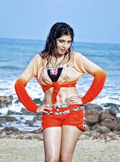 Priyadarshini in Youthful Love movie (10)8349