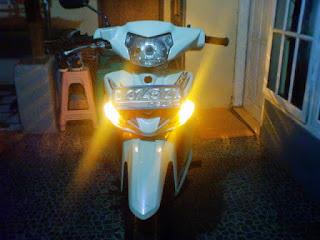 Tips Membuat Lampu Sein Motor Nyala Semua