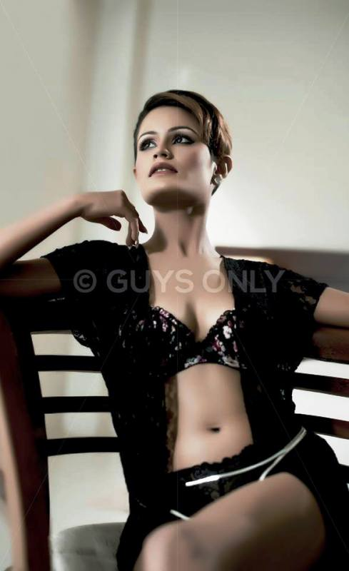 Shashi Hewage Hot Photoshoot
