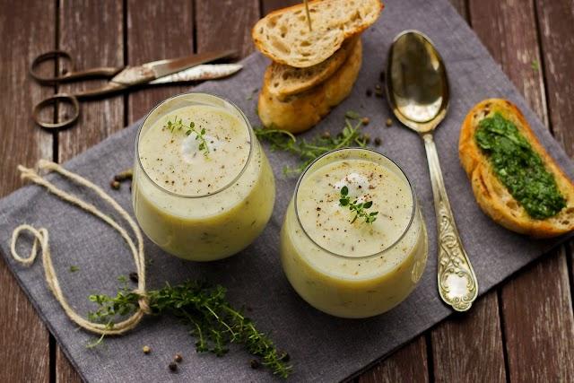 Italian style garlic soup with crispy croutons | Cream of Garlic