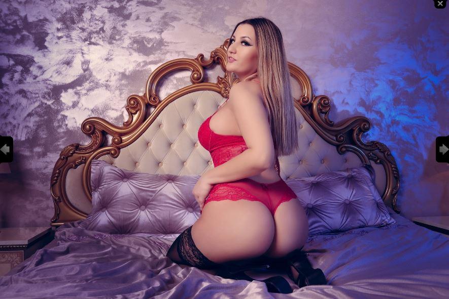 Evelyne Model Skype