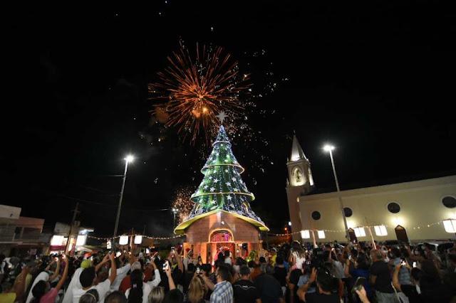 """Festejos Natalinos é iniciado em Currais Novos com o """"Acender das luzes do Sertão"""""""