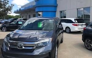 Trak ringan memandu Toyota, Honda, Nissan, Hyundai untuk keuntungan
