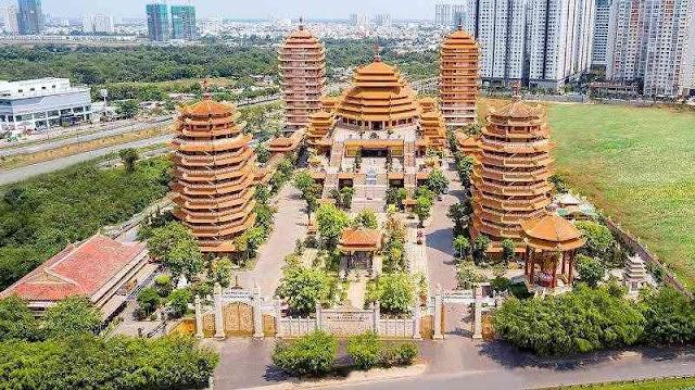 Admire the monastery has just set Vietnam record