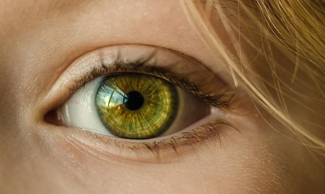 Kamu Harus Tahu, Cara Menjaga Kesehatan Mata Secara Alami