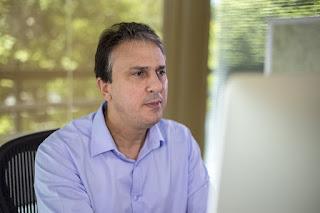 Camilo fala para o Blog sobre concurso público, convocação de aprovados e viagem ao Exterior