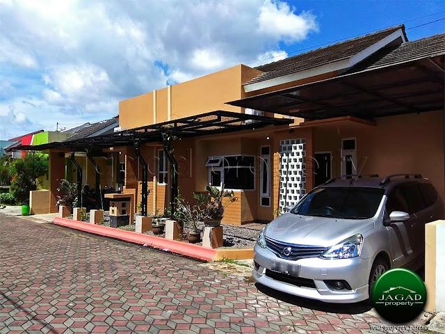 Rumah dalam Perum dekat Nasmoco Janti