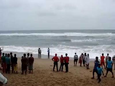 puri-ballighai-beach