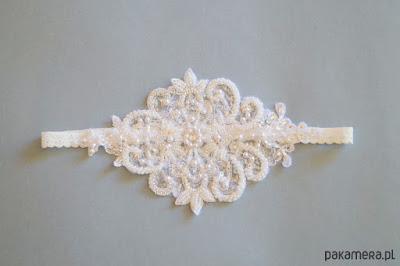 podwiązka ślubna wyszywana koralikami handmade oryginalna podwiązka 2016