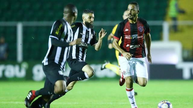 Vitória empata com o Figueirense no Orlando Scarpelli