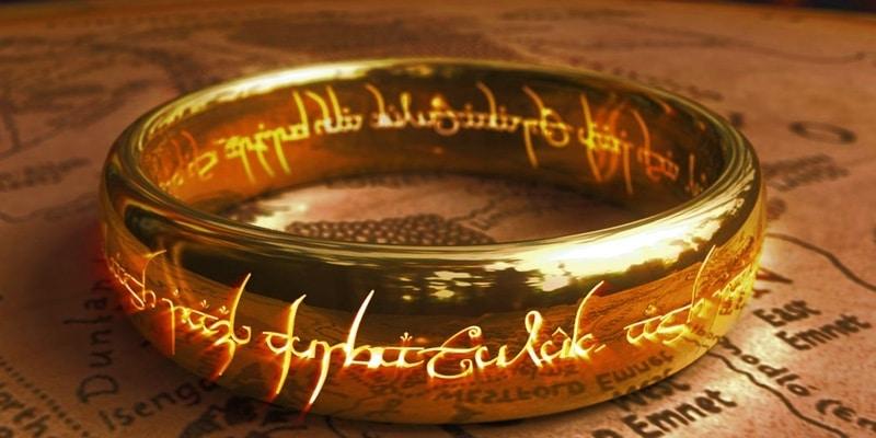El anillo único de Sauron en El Señor de los Anillos