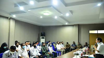 Usai Pimpin Rapat, Kepala BNK Sidrap Mahmud Yusuf Resmi Terima Aset Gedung Kantor Dari Pemkab