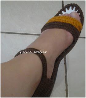 sandália crochê adulto