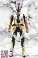 S.H. Figuarts Kamen Rider Thouser 03