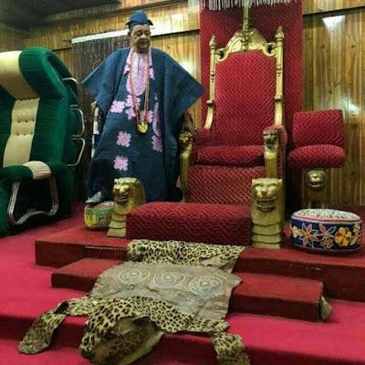 Inside the palace of alaafin of oyo oba adeyemi
