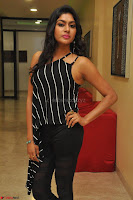 Akshida in Black Tank Top at Kalamandir Foundation 7th anniversary Celebrations ~  Actress Galleries 008.JPG