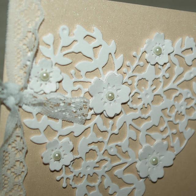 [DIY] Elegante Hochzeitskarte mit Spitzenband