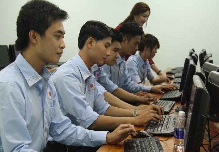Học sinh theo đuổi ngành Tài chính ngân hàng cần có tính sáng tạo