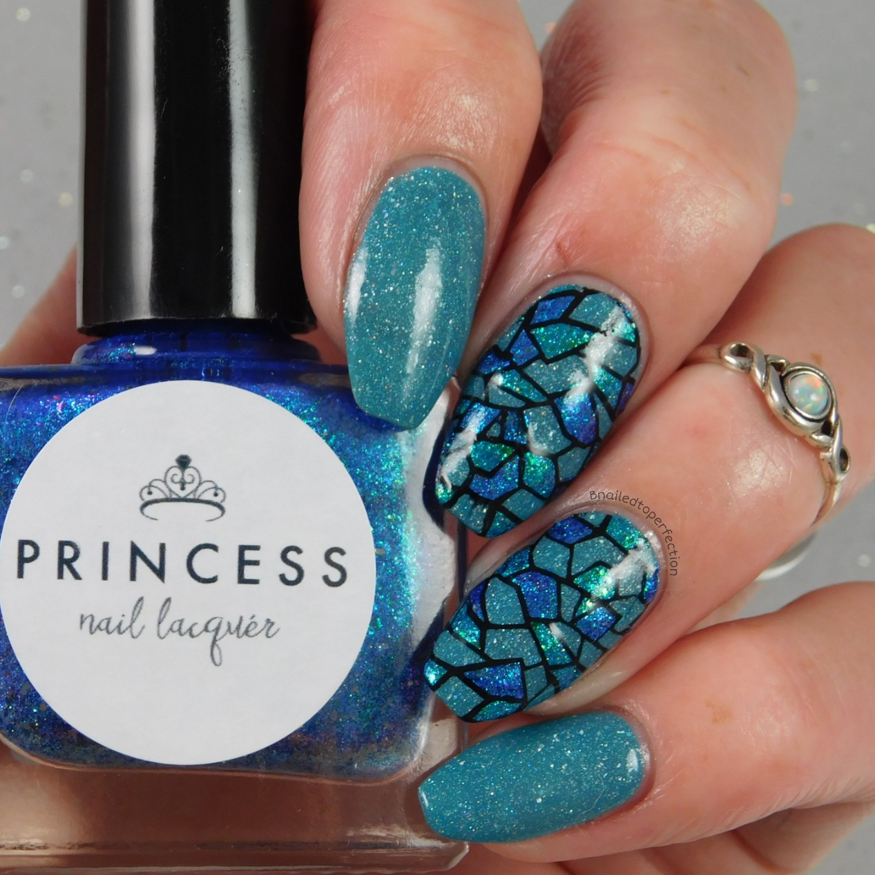 B nailed to perfection 26 great nail art ideas your signature style 26 great nail art ideas your signature style prinsesfo Choice Image