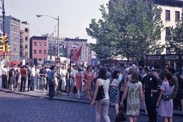 Случайно найденные фотографии, показывающие жизнь в США в 1960е годы.