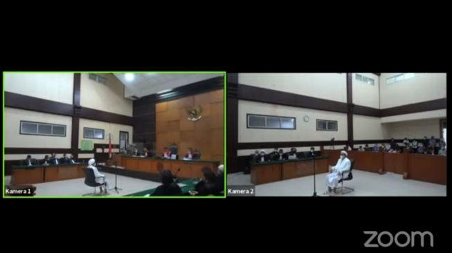 Hakim Tolak Eksepsi ke-3 Habib Rizieq soal Kasus Tes Swab, Ini Alasannya