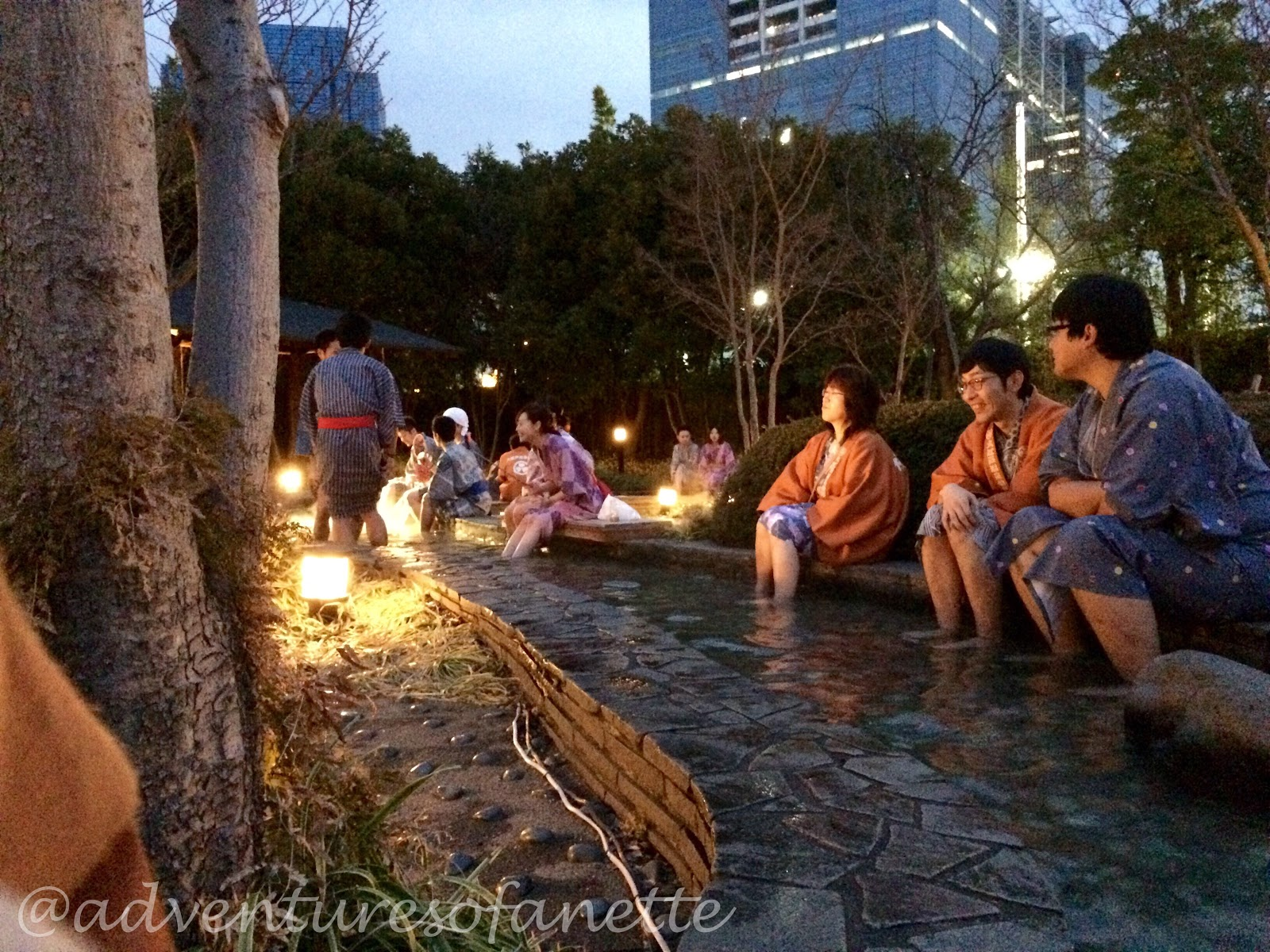 Tokyo hot spring theme parks back to edo with oedo onsen for Onsen tattoos allowed