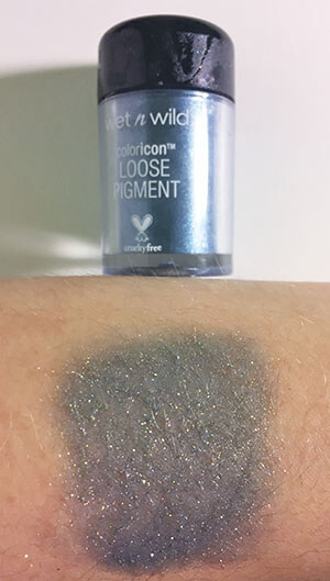 wet n wild coloricon Loose Pigment Unicorn Wishes swatch